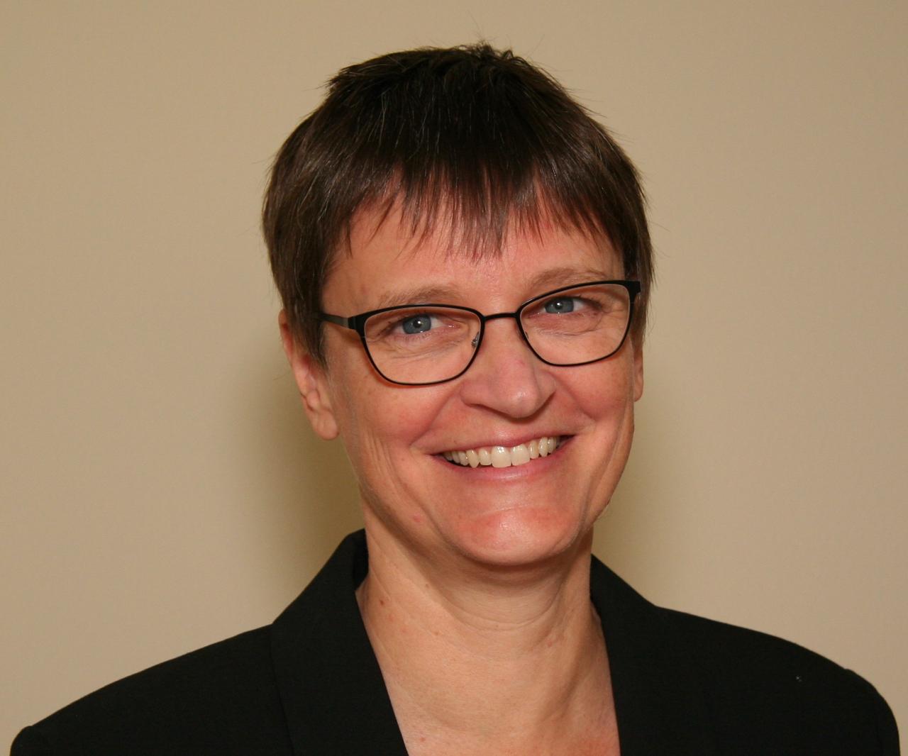 Christine Dunbar